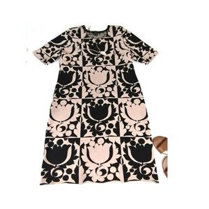 Ann taylor casual shift dress tan Black large